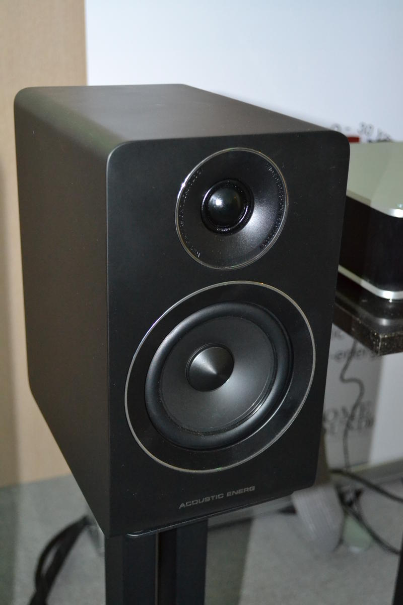 Acoustic Energy AE 100