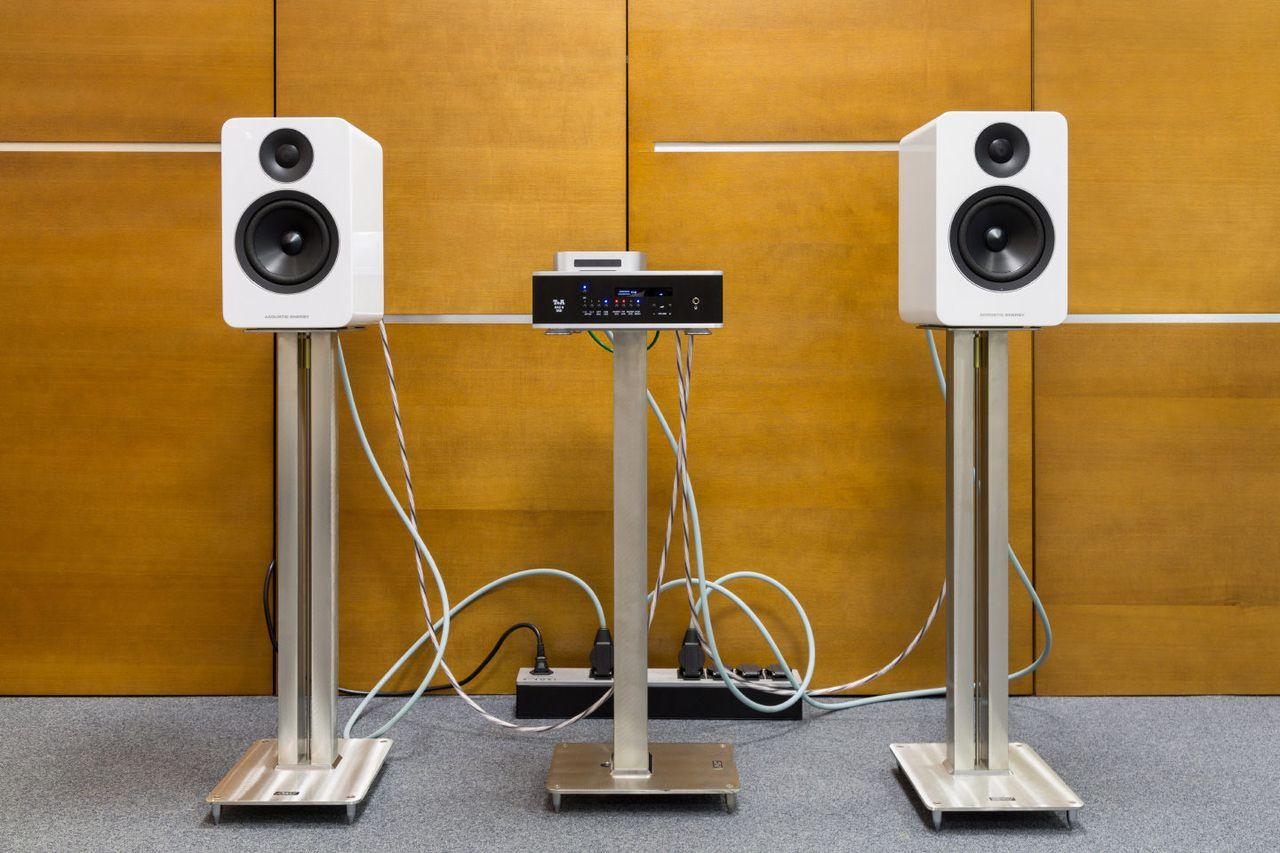 Современная Hi-Fi система. И это еще не предел минимализма!
