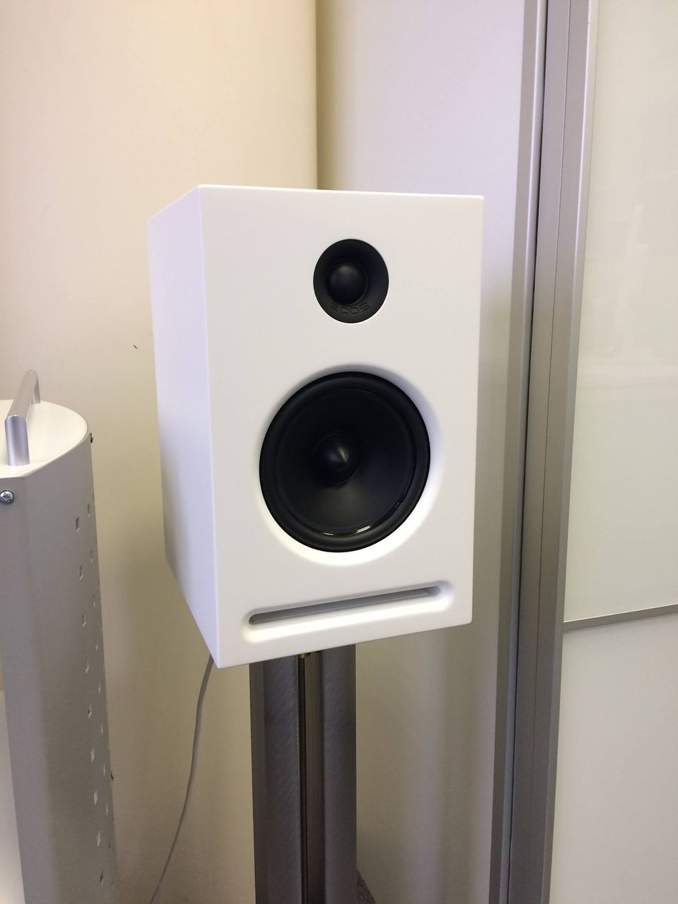Creek Audio Ltd и Epos Acoustics