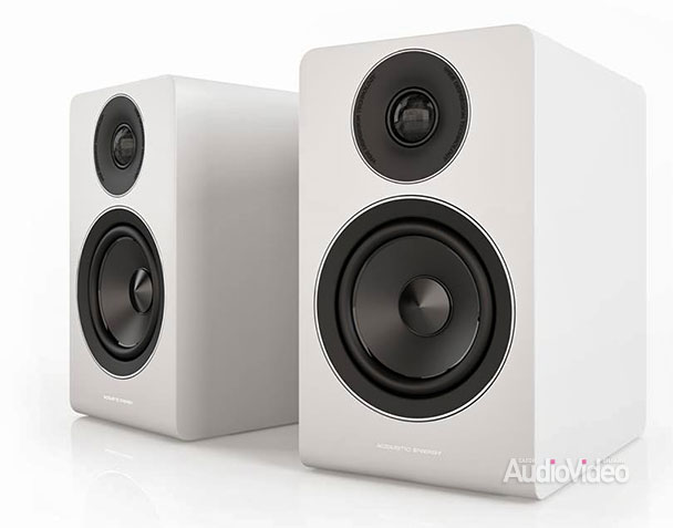 Acoustic Energy: белый цвет к юбилею