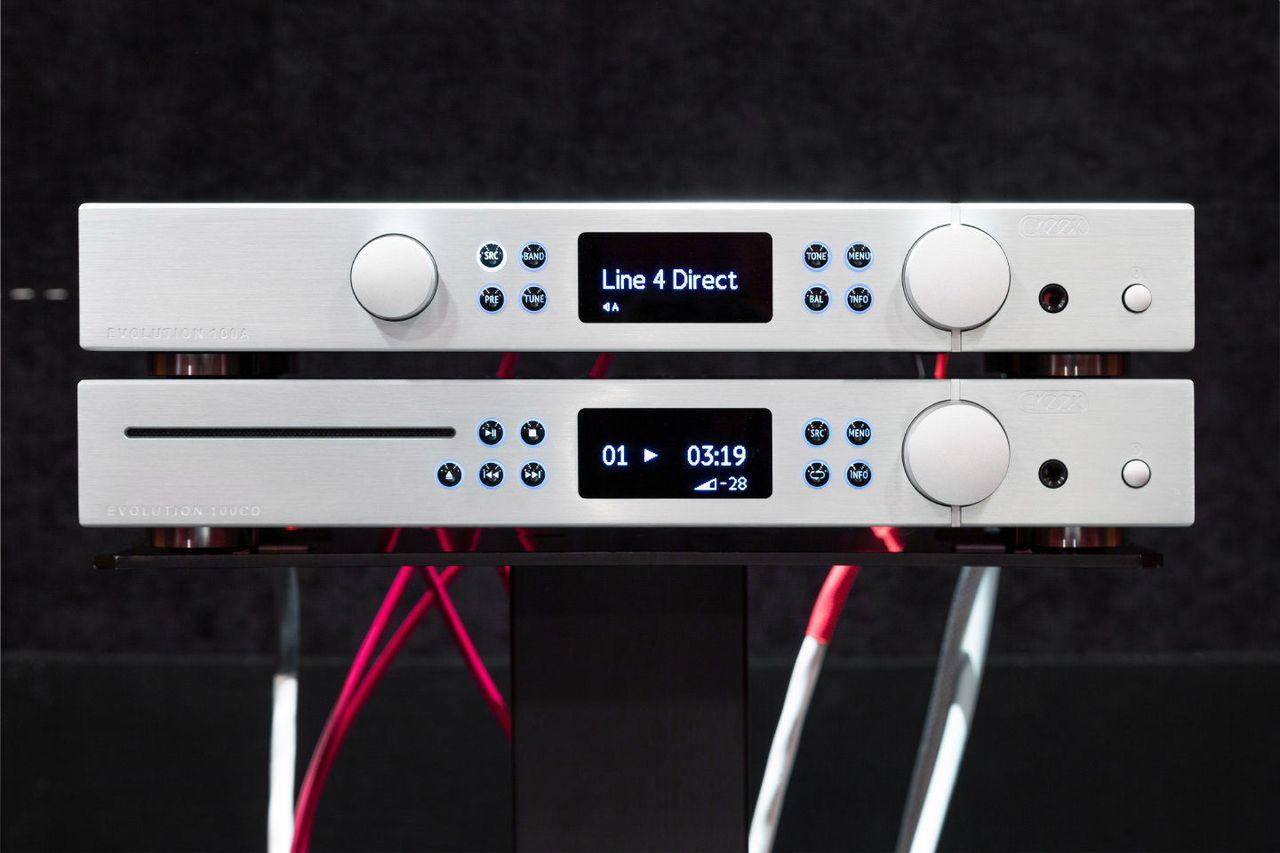 Компоненты имеет смысл выбрать максимально качественные, возможно, даже более дорогие, чем сама акустика